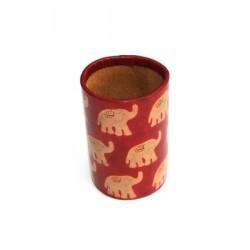 Pot à crayons en cuir rouge éléphant