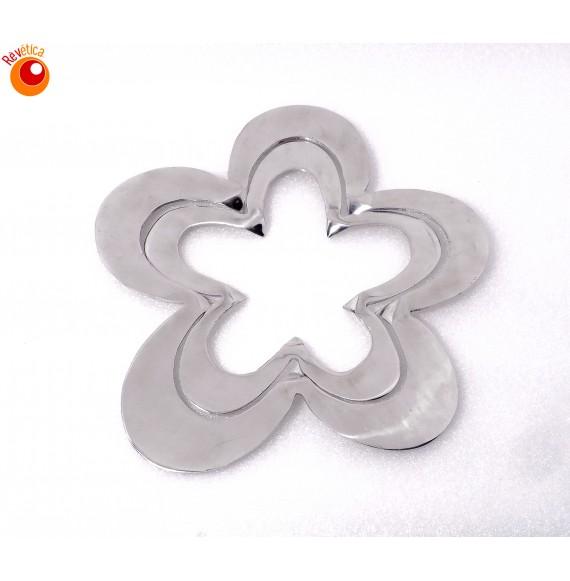 Dessous de plat aluminium fleur