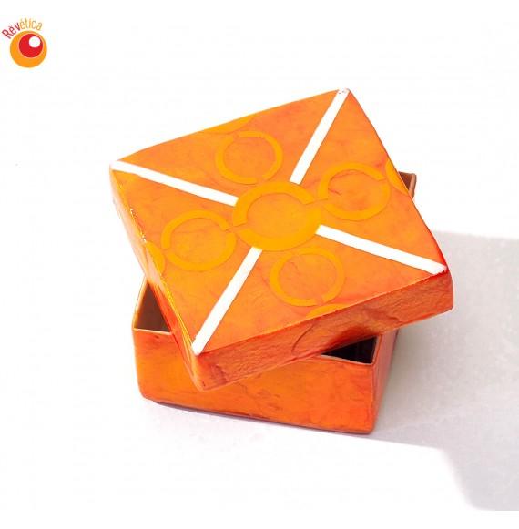 Boîte carrée capiz
