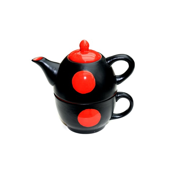 Tasse et théière noire et rouge